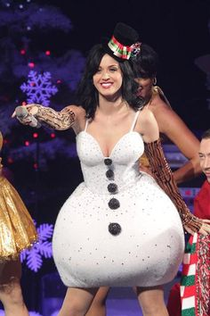 Katy Perry - snowman/girl