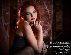 Leyraa Blog: 7.12.16 Czarna piankowa rozkloszowana sukienka, cz...