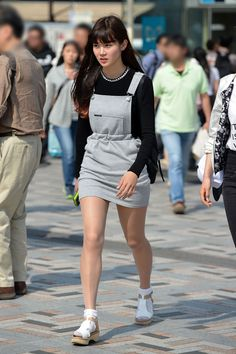 Street Chic, Street Wear, Street Style, Asian Fashion, Girl Fashion, Dress With Stockings, Best Wedding Guest Dresses, Japanese Girl, Asian Beauty