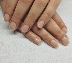 Look natural con nuestra manicura orgánica ORLY.  #manicura #manicuraorly #orlybreathable #orly #manicuranatural #manicuraorganica #nail #nailsalon #beautysalon #beauty #salonorganico #salongracia #barcelona #manicure #revivenailbeauty #vegano #organico Barcelona, Nails, Natural, Beauty, Vegan, Lounges, Finger Nails, Ongles, Barcelona Spain
