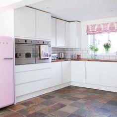 Mottled-effect floor tiles | Kitchen flooring ideas | Kitchen | PHOTO GALLERY | Style at Home | Housetohome