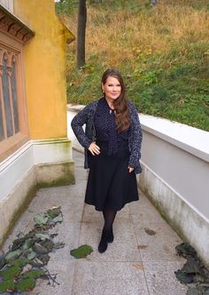 50 Looks of LoveT.: Die perfekte Haarfarbe für jede Frisur - lange und... Duster Coat, Jackets, Style, Fashion, Perfect Hair Color, Hair Care, Short Hair Up, Hair Colors, Hair Styles