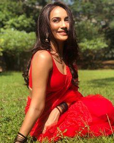 Exclusive stunning photos of beautiful Indian models and actresses in saree. Beautiful Girl Indian, Most Beautiful Indian Actress, Beautiful Saree, Beautiful Actresses, Gorgeous Women, Bollywood Actress Hot Photos, Bollywood Celebrities, Indian Tv Actress, Indian Actresses