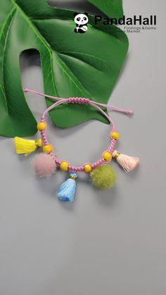 Braided Bracelet with Pompom and Tassel Diy Bracelets Video, Homemade Bracelets, Diy Friendship Bracelets Patterns, Bracelet Crafts, Braided Bracelets, Tassel Bracelet, Leather Bracelets, Macrame Bracelet Patterns, Leather Cuffs