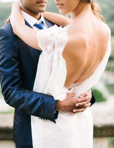 Tendance Robe De Mariée 2017/ 2018 : Sexy Wedding Dresses We'd Choose for Sofia Vergara: www.stylemepretty...   https://flashmode.be/tendance-robe-de-mariee-2017-2018-sexy-wedding-dresses-wed-choose-for-sofia-vergara-www-stylemepretty-10/  #RobeMariage