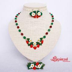 Maasikatega ehetekomplekt. Polümeersavi. Jewelry set with strawberrys. Polymer clay. www.sysimust.com