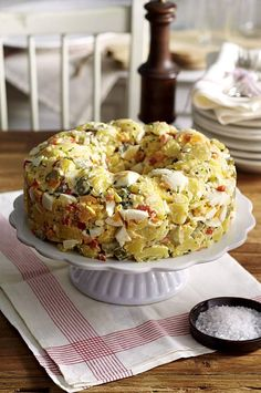 Cremiger amerikanischer Kartoffelsalat Our popular recipe for Creamy American Potato Salad and over more free recipes on LECKER. American Potato Salad, Go Veggie, Cheese Stuffed Peppers, Different Recipes, Popular Recipes, Potato Recipes, Food Inspiration, Salad Recipes, Tortellini