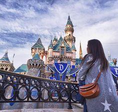 #sweet #yummy #musttry #cute #californiacalling #eeeeeats #sweet #perfect #sleepingbeauty #smile #perfectday #castle #chloe #believeinmagic #fresh #morning #magic #beauty #california #losangeles #anaheim #birthdaygirl #disneyland #disney #happybirthaday #happy Believe in magic... by ninagudkova