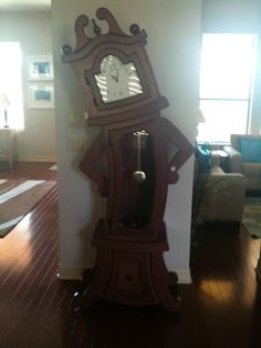 How fun is this clock. Can only imagine what a kid with a clock like this in their house would grow up imagining.