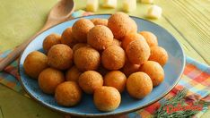 Bulete de cascaval Kfc, Dog Food Recipes, Cereal, Appetizers, Breakfast, Morning Coffee, Appetizer, Dog Recipes, Entrees