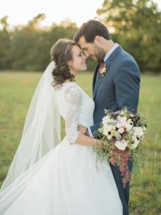 Jinger Duggar and Jeremy Vuolo Purchase Their First House; Is 'Counting On' Star Pregnant? Black Tie Wedding, Formal Wedding, Chic Wedding, Dream Wedding, Bridal Wedding Dresses, Wedding Poses, Wedding Ideas, Wedding Couples, Wedding Pictures