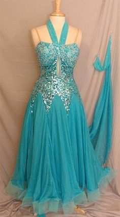 want want want want want. can i get it in green? oooo or purple?!