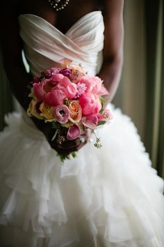 Styled shoot produced by @Enraptured Events and photographed by Samantha Clarke Photography.