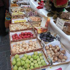 Aix en Provence, France .......Macron Vendor