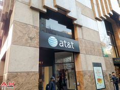 AT&T Looking at 400K Postpaid Adds in Q1, Down 33% from Last year