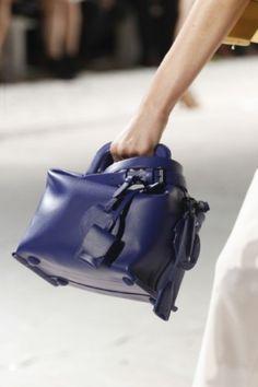 c79174c090 9 fantastiche immagini su Moda: borse e dintorni | Borse, Borse in ...