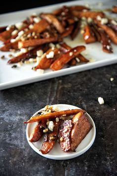 Sweet potato wedges roasted to perfection in a brown sugar balsamic glaze and tossed with toasted walnuts and Gorgonzola cheese. Gorgonzola Cheese, Sweet Potato Wedges, Balsamic Glaze, Sweet Potato Recipes, Roasted Sweet Potatoes, Chicken Wings, Brown Sugar, Food To Make, Side Dishes