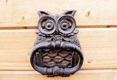 Owl door knocker hand painted bird door knocker by oliverhomedecor Door Knockers Unique, Brass Door Knocker, Door Knobs And Knockers, Labyrinth Door Knockers, Front Door Accessories, Owl Door, Unique Doors, Iron Doors, Windows And Doors