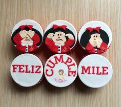 Cupcakes de Mafalda / ciega, sora, muda / feliz cumpleaños