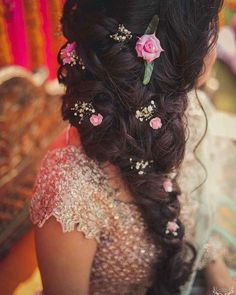 97 Awesome Indian Bridal Hairstyles Perfect for Your Wedding, 22 Stylish Bridal Hairstyles for A Fall Winter Bride, Bridal Hairstyle Indian Wedding 40 Indian Bridal, Indian Bridal Hairstyle Zowed, Side Curls Hairstyles for Wedding 60 Traditional Indian. Side Curls Hairstyles, Ethnic Hairstyles, Bride Hairstyles, Hairstyles Haircuts, Hairstyle Images, Gorgeous Hairstyles, Hairstyle Ideas, Hair Ideas, Bridal Hairstyle Indian Wedding