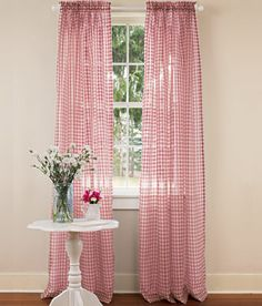 #maudjesstyling# gingham curtains