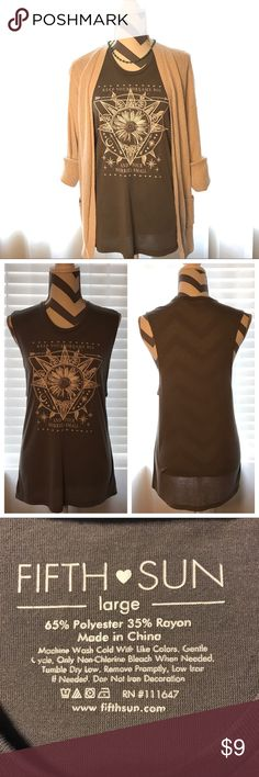 🌻 Fifth Sun Gray Sunflower Tank 🌻 Excellent Used Condition 🌻 Fifth Sun Gray Sunflower Tank 🌻Keep Your Dreams Big and Your Worries Small ✌️😎 Perfect top for positive vibes, tank only, non Smoking Fifth Sun Tops Tank Tops