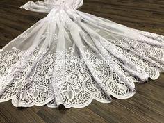 9c8a11e7c6 Kész függöny hófehér alapon fehér bableveles minta 300x250cm - Szônyeg,  modern szőnyeg, shaggy szőnyeg