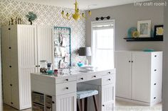Craft room idea to fall in love with.