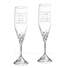 Personalized Heart with Heart Design Glass/Aluminum Toasting Flutes (Set of 2) (118040921)