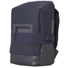 A collaboration between Japanese master of design, Yohji Yamamoto, and German sportswear legends adidas, combine an innovative approach to materials with a reinvention of athletic staples and progressive design. The Qasa Small Backpack epitomises the Backpack For Teens, Small Backpack, Backpack Bags, Men's Backpacks, School Backpacks, Japanese Bag, Computer Backpack, Minimalist Bag, Back Bag