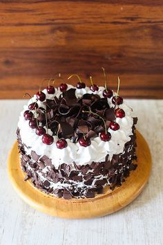 Best Anytime black forest cake nigella lawson only on this page Eggless Chocolate Cake, Eggless Desserts, Eggless Recipes, Eggless Baking, Big Chocolate, Frosting Recipes, Cake Recipes, Dessert Recipes, Food Cakes