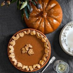 Williams-Sonoma Pumpkin Covered Pie Dish #williamssonoma