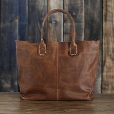 Leather Tote Bag - My #holidaygifts wish-list #hand