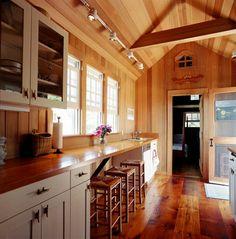 Nantucket country kitchen traditional kitchen - j'aime le côté pur et chaleureux du bois