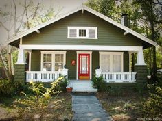 65 Trendy Ideas Exterior Paint Colora For House Bungalow Cottages Craftsman Porch, Craftsman Style Homes, Craftsman Bungalows, Craftsman House Plans, Craftsman Cottage, Cottage House, Modern Craftsman, Tiny House, Exterior Paint Colors For House