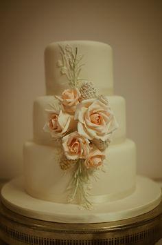 Beautiful Wedding Cake - photography by Gambetta Studio