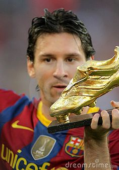 leo messi. #messi #leomessi #soccer http://www.pinterest.com/TheHitman14/lionel-messi-%2B/