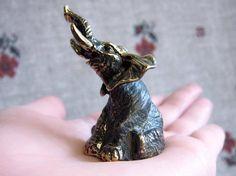Elephant bell, animal bell, decorative bronze bell, collectible metal elephant souvenir, bronze elephant miniature, cute elephant statuette
