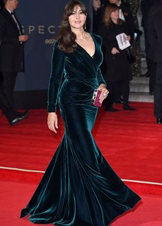 Monica Bellucci In Ralph & Russo F 15 Couture attends the Royal Film Performance of 'Spectre' at the Royal Albert Hall in London England on (October Velvet Bridesmaid Dresses, Satin Dresses, Day Dresses, Gowns, Hijab Evening Dress, Long Sleeve Evening Dresses, African Fashion Dresses, Fashion Outfits, Velvet Fashion