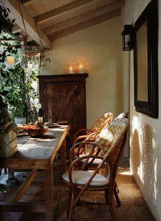 HOME IN LA  http://markdsikes.com/2012/11/15/at-home-in-la-alexandra-michael-misczynski/