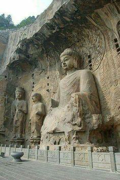 Buddha statues at Longmen Grottoes, Luoyang, China Art Buddha, Buddha Temple, Buddha Statues, Japanese Buddhism, Luoyang, China Image, Ancient Ruins, Buddhist Art, China Travel