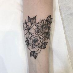 Tatuagem criada por Isabelle Moraes do Rio de Janeiro.