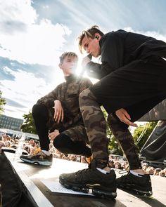 Thanks for having us, Helsinki! Last night was so much fun🔥 Cat Valentine Victorious, Ariana Grande Facts, Sam And Cat, Wild Love, Jessie J, Jason Derulo, Twin Boys, Big Sean, Celebrity Dads