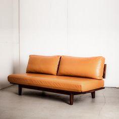 リッツ 革の本格ソファ 3人掛け RITZ SOFA 3P - マスターウォールのソファ通販 | リグナ