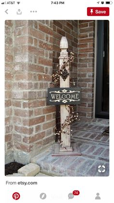 This super cute, rustic decorative post is perfect to dress up your home or business! Complete customization, including… This super cute, rustic decorative post is perfect to dress up your home or business! Country Decor, Rustic Decor, Farmhouse Decor, Primitive Decor, Christmas Crafts, Christmas Decorations, Porch Posts, Front Door Decor, Front Porch
