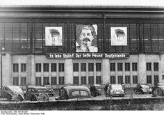 Stalin in Berlin, Friedrichstrasse station, Germany, 1949, photograph by Hans-Günter Quaschinsky.