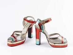 Early 1970s, England - Pair of platform sandals by Terry de Havilland - Plastic, snakeskin and diamanté
