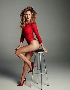 Τα διάσημα πόδια που ζηλεύουν οι γυναίκες - | Ladylike.gr