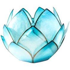 Bougeoir Lotus Crépuscule - Turquoise. Ce type de photophore est idéal aussi pour méditer sur un chakra précis grâce à sa couleur (chromothérapie). Les pétales sont en nacre et sertis d'étain.   Diamètre environ 14 cm. www.laboutiquedubienetre.fr  Prix : 11,20€