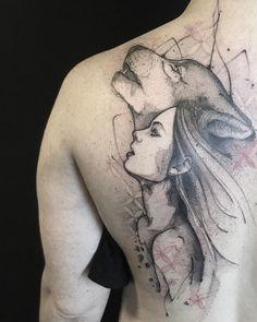 Tatuagem criada por Max Castro de Brasília. India com lobo uivante.
